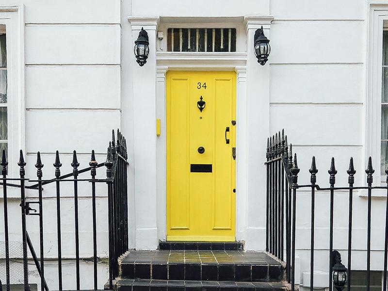https://www.surfacerepairnetwork.com/wp-content/uploads/2019/05/Front-door-home-house-exterior-colourful.jpg